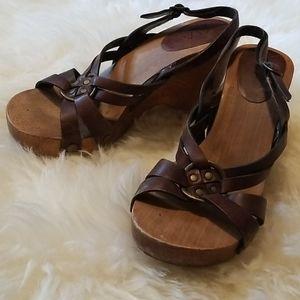Mia wooden heels